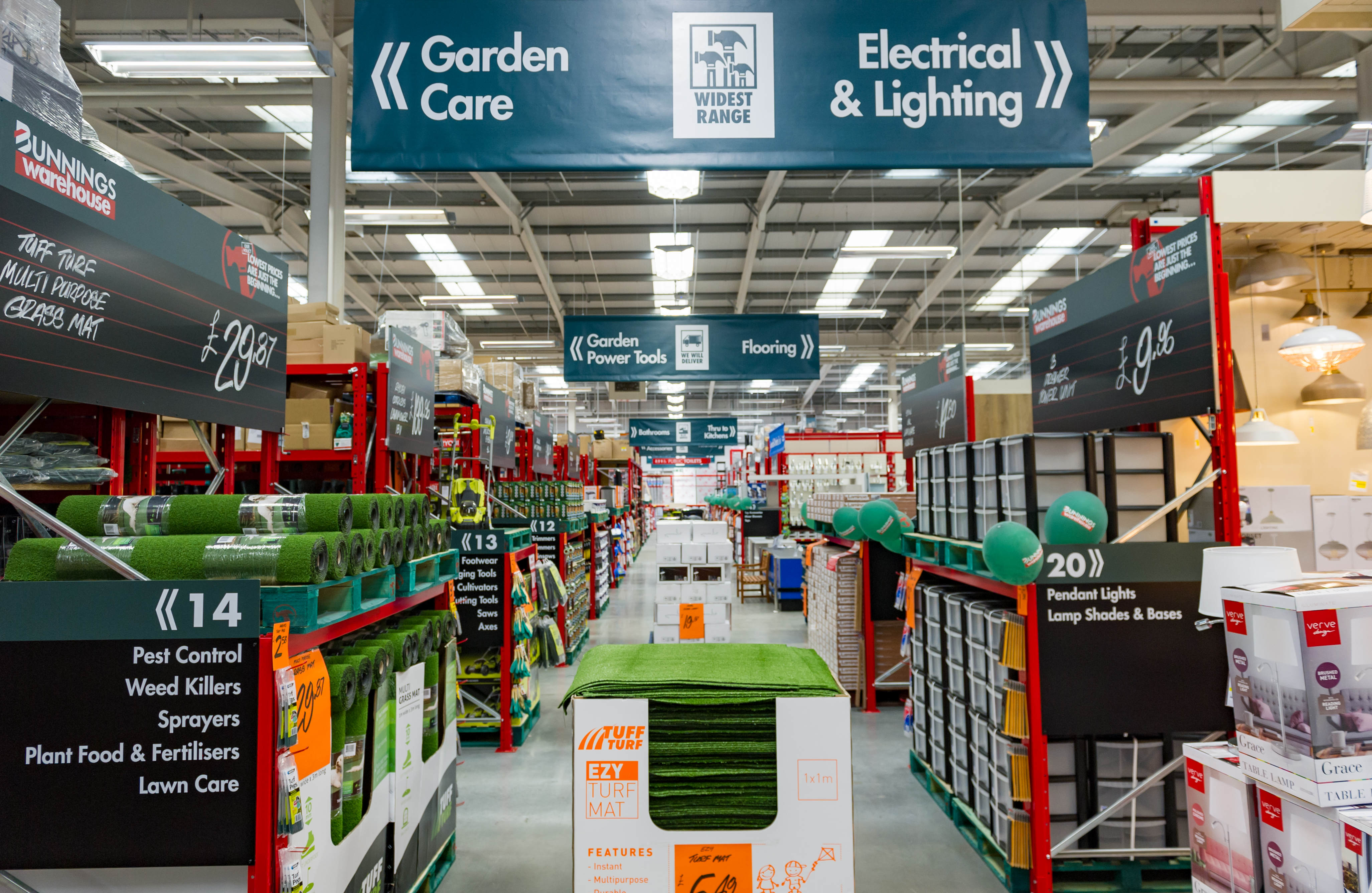 Bunnings opens in hemel hempstead housewares the third bunnings warehouse store in the uk opened its doors in the hertfordshire town of hemel hempstead last week friday june 10 mozeypictures Images