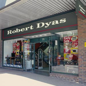 Robert Dyas restructures debt