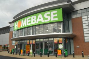 Good weather delivers outdoor product boost for Homebase