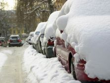 Winter weather absenteeism 'costs £230m a day'
