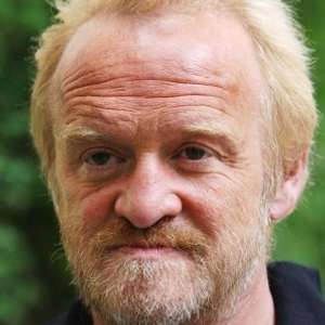Antony Worrall Thompson arrested for shoplifting