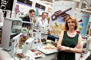Jane Asher stars at Exclusively Housewares