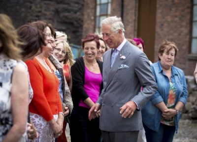 The Prince of Wales opens Middleport Pottery