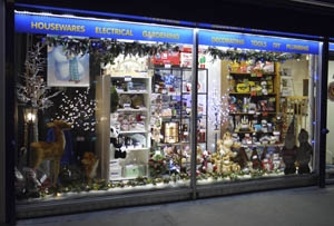 Home Hardware reveals winners of Xmas window dressing competition
