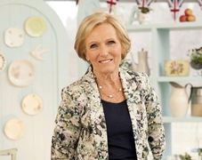 Mary Berry rises to the top of Specsavers National Book Awards